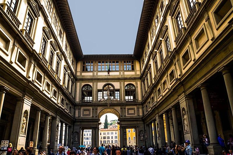Florence, Italy Uffizi Museum - panoramio (5).jpg