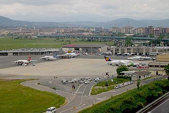 Florence Airport - Image: Florence Peretola (Amerigo Vespucci) (FLR LIRQ) AN0591245