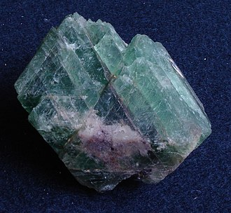 Cleavage (crystal) - Green fluorite with prominent cleavage.