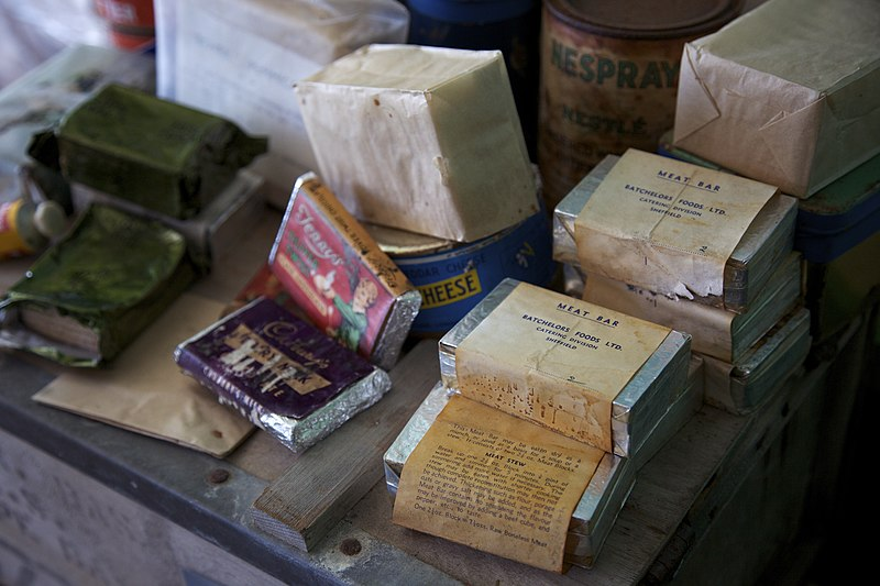 Ficheiro:Food rations, Port Lockroy museum.jpg