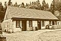 Fort Nisqually Men's Dwelling House.jpg