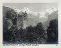 Fotografi av ruinen Unspunnen samt bergen Eiger, Mönch och Jungfrau - Hallwylska museet - 103146.tif