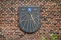 Frans Loenenhofje, zonnewijzer, Haarlem.jpg