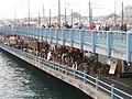 Galata bridge from the north - panoramio.jpg