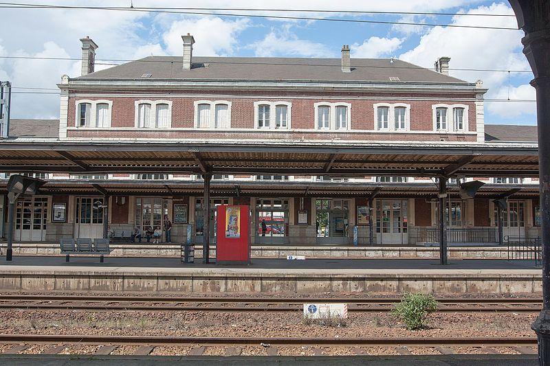 File:Gare d'Evreux - 2016-06-15 - IMG 1339.jpg