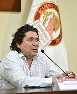 Gastón Acurio realizó conversatorio en la ADP sobre la proyección externa de la gastronomía peruana.jpg