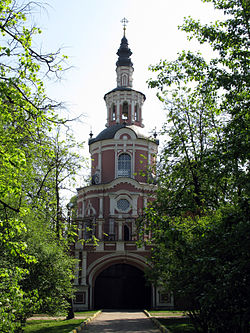 Gate church of the theotokos of tikhvin (donskoy monastery)