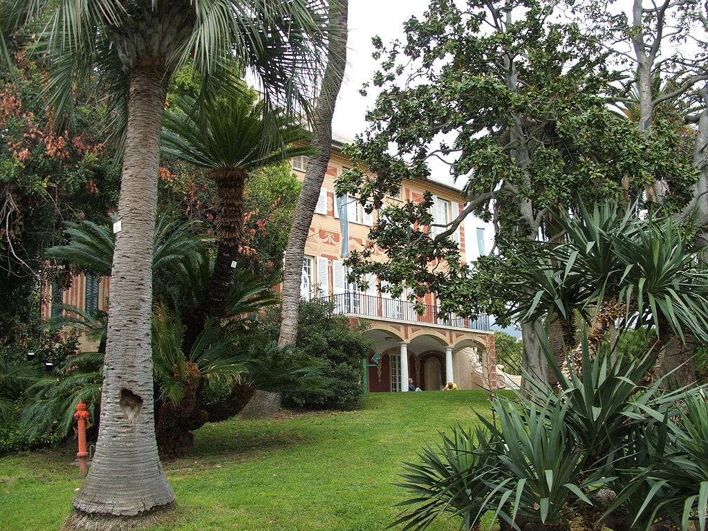Parc à Gènes avec le Parco di Nervi entourant le musée d'art moderne - Photo de Twice25 & Rinina25