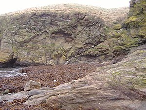 Iapetus Ocean - Geological fault at Niarbyl. The narrow white diagonal line near centre of picture is the only known remaining  visible indication of the Iapetus Ocean