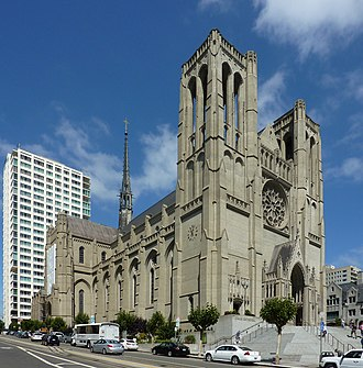 Grace Cathedral, San Francisco - Three-quarters view of cathedral