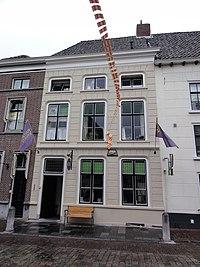 Grave Rijksmonument 17258 Klinkerstraat 1.JPG
