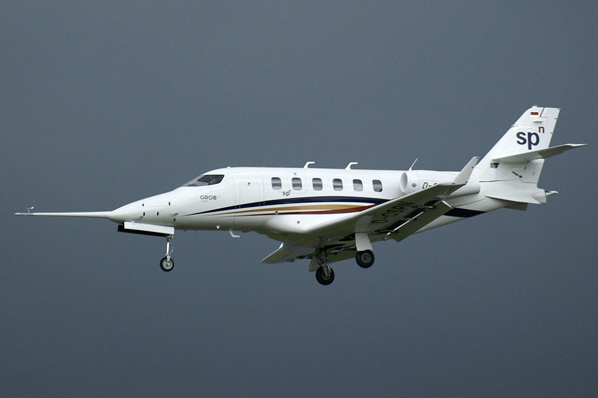 Plane And Pilot >> Grob G180 SPn - Wikipedia