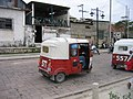 Guatemala 2010 - Flores Taxis.jpg