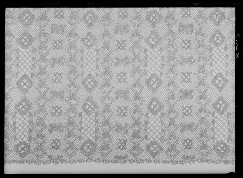 File:Guldspetsgardin till kröningsvagnen - Livrustkammaren - 61808.tif