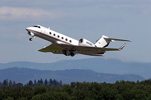 A Gulfstream G-400 during takeoff