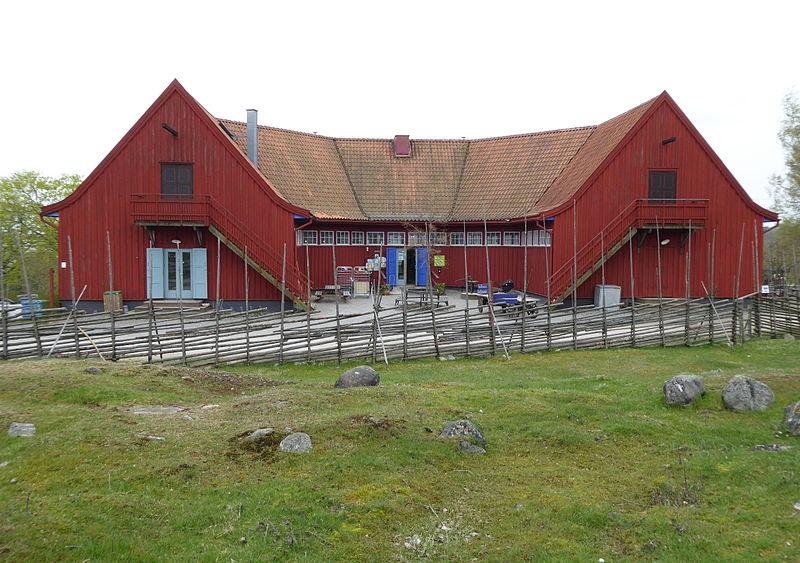 Hästskostallet, Överjärva 2015a.jpg