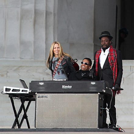 will.i.am with Sheryl Crow and Herbie Hancock performing We Are One: The Obama Inaugural Celebration at the Lincoln Memorial concert Hancock, Crow, and will.i.am at We Are One.jpg