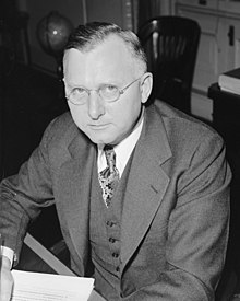 Harold D. Smith, Dir. of the budget, Feb. 1940 LCCN2016877061 (cropped).jpg