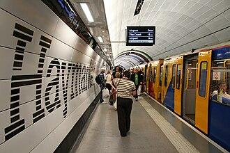 Haymarket Metro station - Image: Haymarket completion (platform)