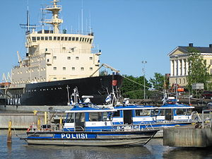 Police watercraft - Image: Helsinki Boat Police 491 492 493