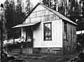 Homestead in the vicinity of lower Humptulips River, Olympic Peninsula, Washington, probably between 1890 and 1900 (WASTATE 1163).jpeg