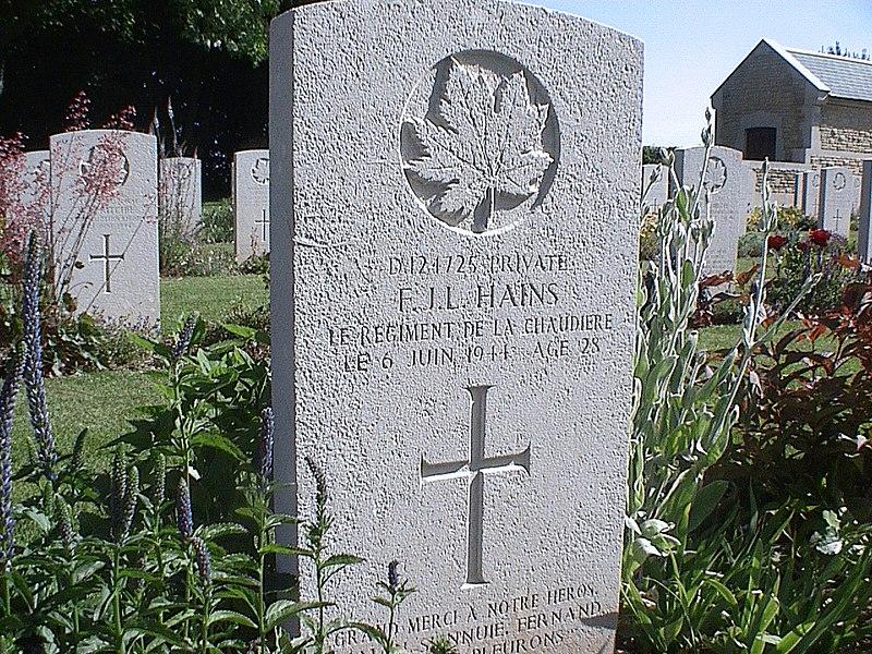 Honneur a Fernand Hains