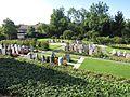 Huetten ZH Friedhof.jpg