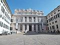 Il Palazzo Ducale visto dalla Piazza G.Matteotti.jpg