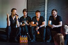 Description de l'image Imagine Dragons - Ilosaarirock 2013 3.jpg.