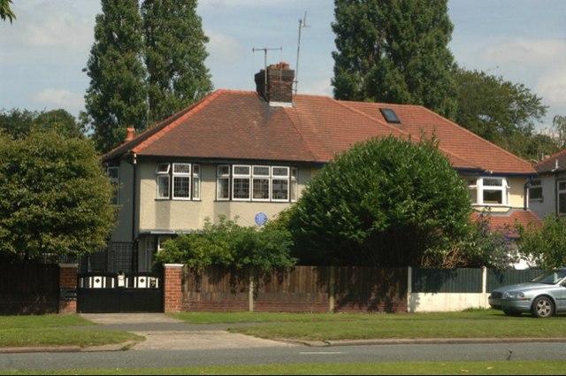 Дом, в котором Джон провёл детство в Ливерпуле