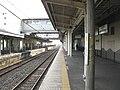 JREast-Tohoku-main-line-Nishi-nasuno-station-platform-1-20110407.jpg
