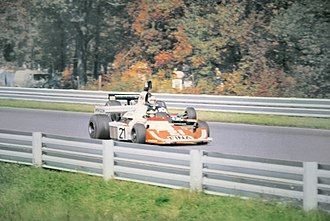 Williams FW04 - Laffite in the FW04 ahead of Jean-Pierre Jarier in the Shadow at the 1975 United States Grand Prix