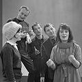 Janine, Will Spoor , Doude van Herwijnen , Nico en Wilhelmina (1960).jpg