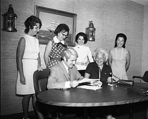 Jeanette Williams - Williams with Mayor Uhlman signing proclamation for Seattle Women's Commission, August 23, 1972