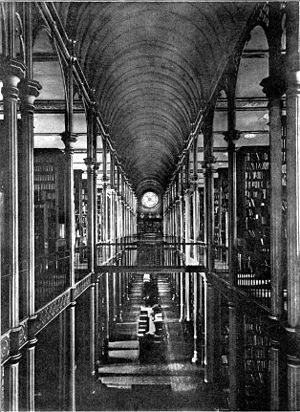 University of Copenhagen - Interior of the old university library at Fiolstræde around 1920.