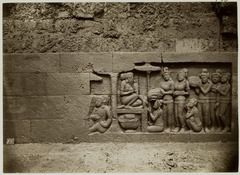 KITLV 27995 - Kassian Céphas - Unfinished relief of the hidden base of Borobudur - 1890-1891.tif