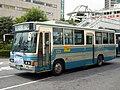 Kantetsu-perple-bus-1579P.JPG