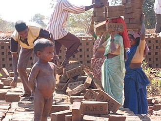 Katkari people - Image: Katkari at brick kiln