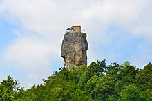 Katskhi Pillar2 (edited).jpg