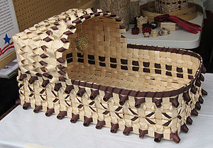 Fraxinus nigra - Black ash splint basket by Kelly Church (Odawa-Ojibwe)