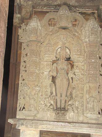 Lakshmana Temple, Khajuraho - Image: Khajuraho India, Lakshman Temple, Sculpture 07