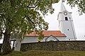 Kobersdorf-Pfarrkirche Ansicht links mit Mauer.jpg
