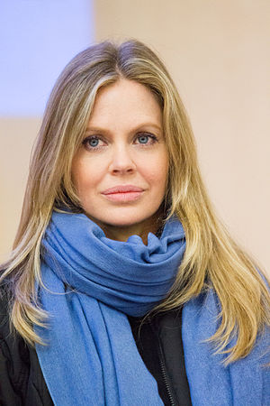Kristin Bauer van Straten - Bauer van Straten at the 2012 Toulouse Game Show