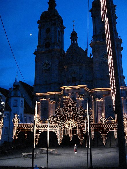 An opera rehearsal in front of St. Gallen Cathedral, 2007 Kulisse St.Gallen.jpg