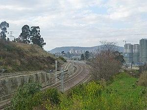 Kunming–Yuxi Railway - Kunming–Yuxi Railway in Haikou Subdistrict, Xishan District, Kunming