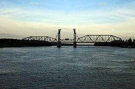 Общий вид моста