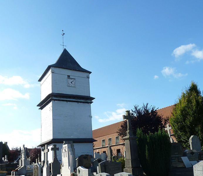 L'église Saint Wulmar a pour particuliarité son klokhuis