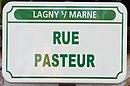 L1708 - Plaque de rue - Rue Pasteur.jpg