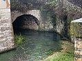 La Bouzaize sous un pont à Beaune.jpg