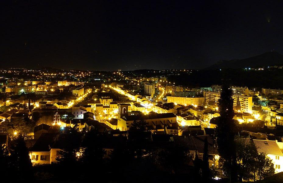 Night view of La Garde, Var